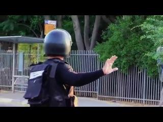 Arabs Joke with Israel Police ����� ������������� ��� ��������))